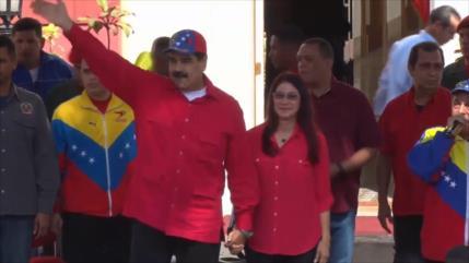 Venezuela, a un año de intentona golpista de Guaidó contra Maduro