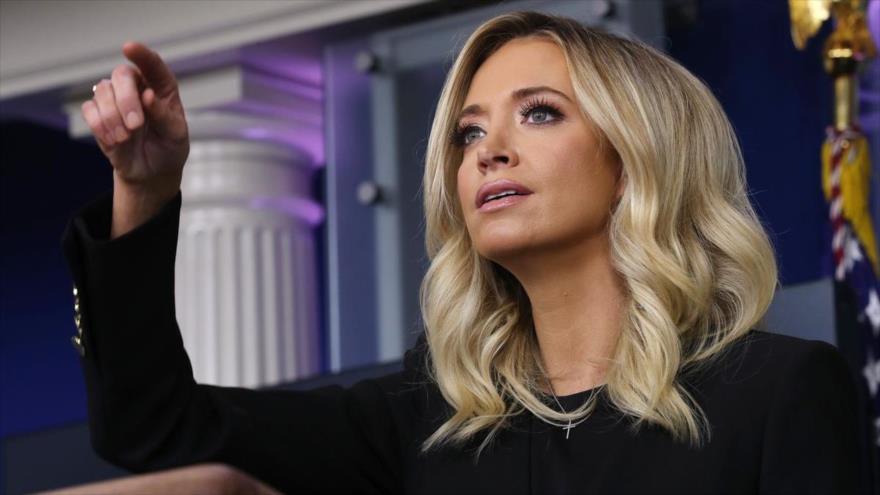 La nueva portavoz y jefa de prensa de la Casa Blanca, Kayleigh McEnany, en una conferencia de prensa, 1 de mayo del 2020.