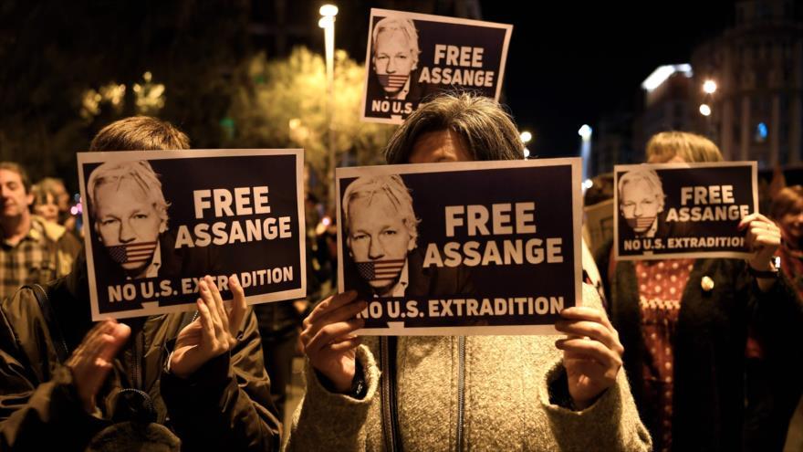 Abogada de Assange: Su vida está en peligro en la cárcel | HISPANTV