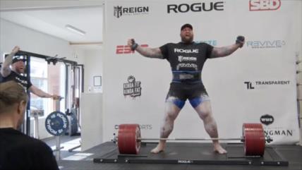 Pesista islandés levanta 501 kilos y bate récord de peso muerto