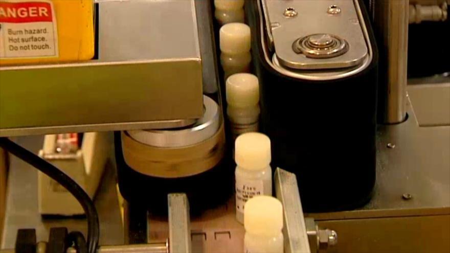 Científicos iraníes producen en masa kits de prueba de coronavirus