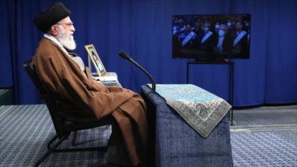 Líder de Irán destaca importancia de la producción ante sanciones