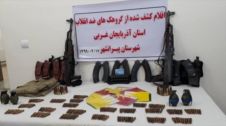 Armas incautadas a terroristas en la provincia de Azerbaiyán Occidental, 6 de mayo de 2020. (Foto: Tasnim)