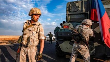 Turquía ataca por 1ª vez puesto ruso en Siria y mata a un guardia