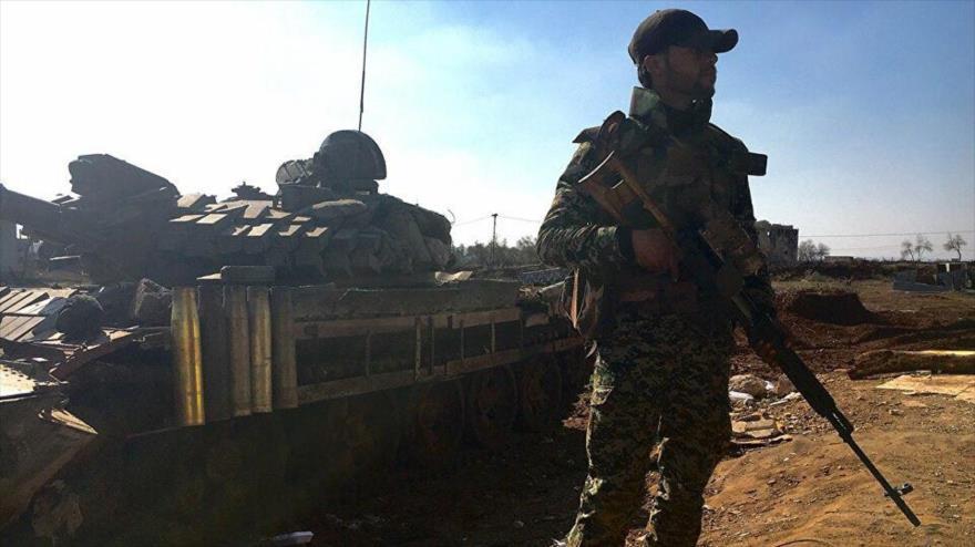 Un soldado sirio en la localidad de Osman en la provincia sureña de Daraa.