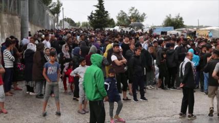 Quedan varados miles de migrantes por COVID-19 en todo el mundo