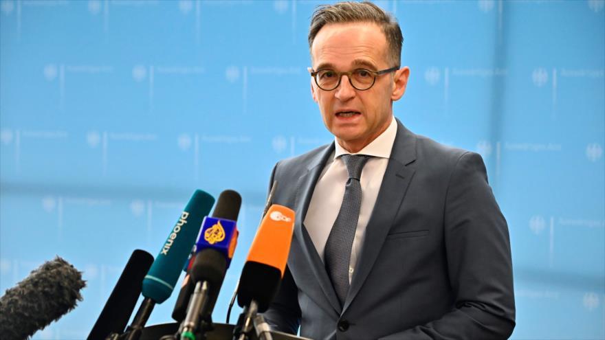 El ministro de Asuntos Exteriores de Alemania, Heiko Maas, habla con los periodistas en Berlín, 17 de marzo de 2020. (Foto: AFP)