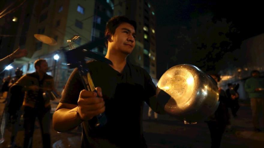 Masiva protesta con cacerolazos en Bolivia contra gobierno de Áñez | HISPANTV