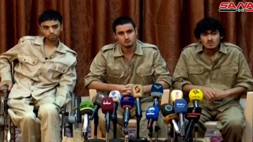 Terroristas del grupo EIIL (Daesh, en árabe) detenidos en el desierto sirio, 14 de mayo de 2020. (Foto: SANA)