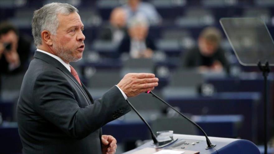 El rey de Jordania Abdullá II ofrece un discurso ante el Parlamento Europeo (PE) en Estrasburgo, Francia, 15 de enero de 2020. (Foto: Reuters)