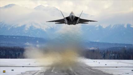 Caza de quinta generación F-22 de EEUU se estrella en Florida