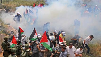 Decenas de palestinos heridos en 72.º aniversario del Día de Nakba