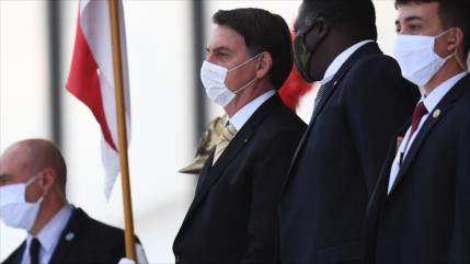 PT pide formalmente juicio político contra Bolsonaro