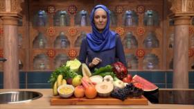 Al Natural: Zumo de Papaya, ensalada multicolor y crema para combatir las manchas