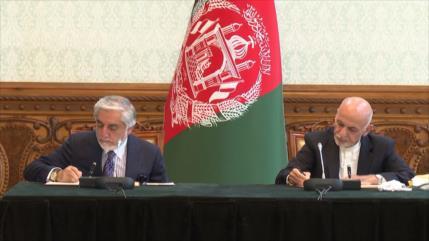 Presidente de Afganistán y su rival acuerdan compartir el poder