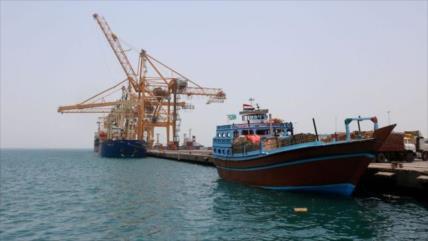 Arabia Saudí retiene 22 barcos con alimentos para Yemen
