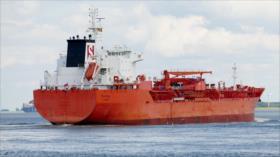 Petrolero con bandera británica sufre ataque pirata en golfo de Adén