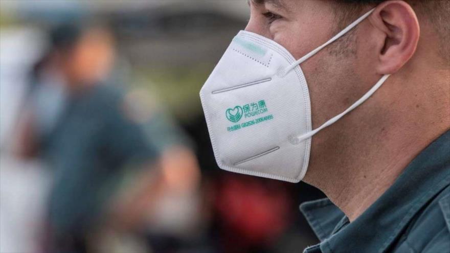 Uso de mascarillas disminuye la infección por la COVID-19.