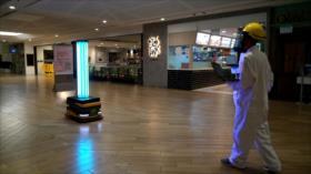 Singapur: Crean robot con luz ultravioleta para combatir COVID-19