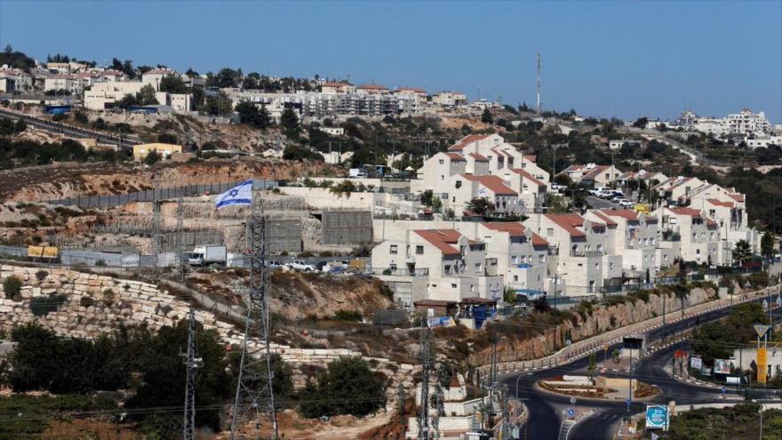 Vista general del asentamiento israelí Kiryat Arba en la Cisjordania ocupada, 11 de septiembre de 2018. (Foto: Reuters)