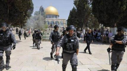 Fuerzas israelíes atacan a musulmanes en rezo de Eid al-Fitr