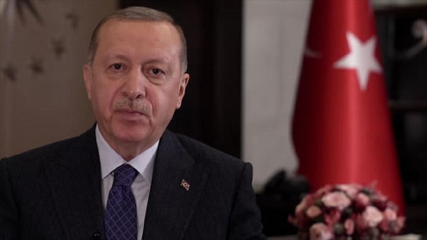 El presidente turco, Recep Tayyip Erdogan, ofrece un discurso con ocasión de Eid Al-Fitr, 24 de mayo de 2020.