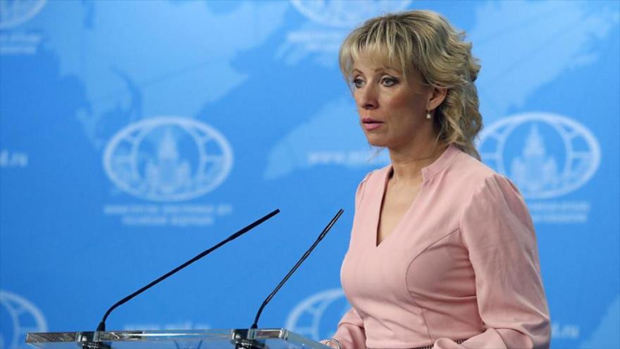María Zajárova, portavoz del Ministerio ruso de Relaciones Exteriores, en una rueda de prensa.