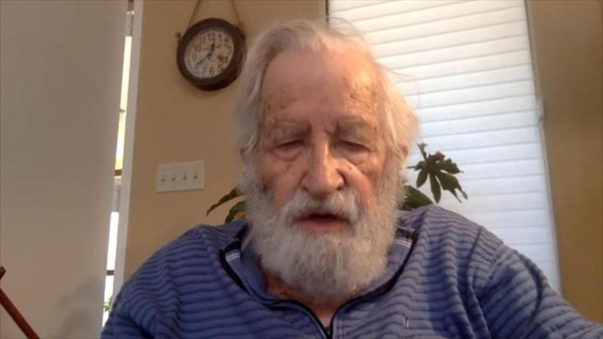Chomsky: Gestión pandémica de Trump lleva a EEUU al abismo   HISPANTV