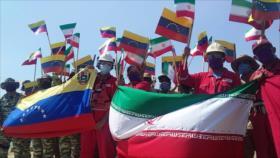 """Recibimiento del petrolero iraní """"Forest"""" en puerto de Venezuela"""