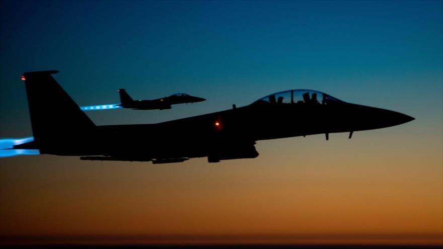 Cazas F-15E de la Fuerza Aérea de EE.UU. sobrevuelan una región en el norte iraquí. (Foto: DVIDS)