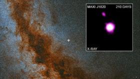 Vídeo: NASA capta un agujero negro 'escupiendo' parte de un astro