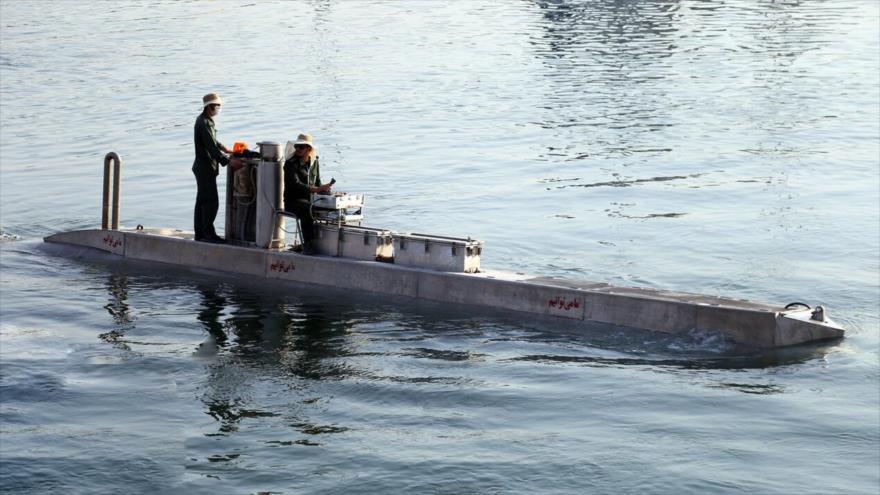Irán presenta un vehículo no tripulado submarino, de fabricación nacional, en una ceremonia en Bandar Abás, 28 de mayo de 2020. (Foto: IRNA)