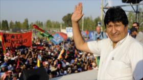 """Morales censura a Áñez por combatir la pandemia """"con tanques"""""""