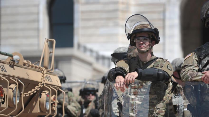 Trump llama a movilizar la Guardia Nacional para reprimir protestas