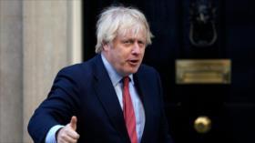 Reino Unido se une a EEUU endureciendo posturas hacia China