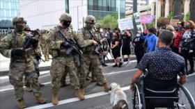 Se añaden 1100 miembros de la Guardia Nacional en California