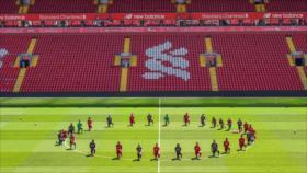 Astros del Liverpool rinden homenaje a la memoria de George Floyd