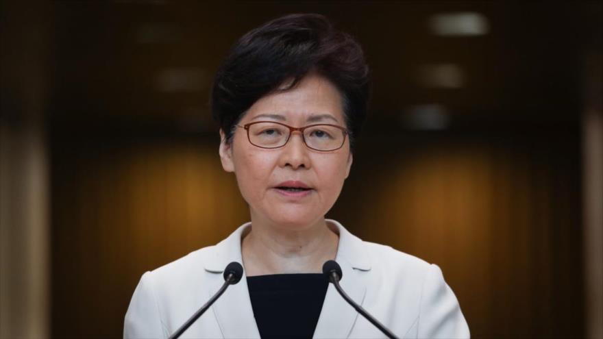 La jefa de Gobierno de Hong Kong, Carrie Lam, habla durante una rueda de prensa.