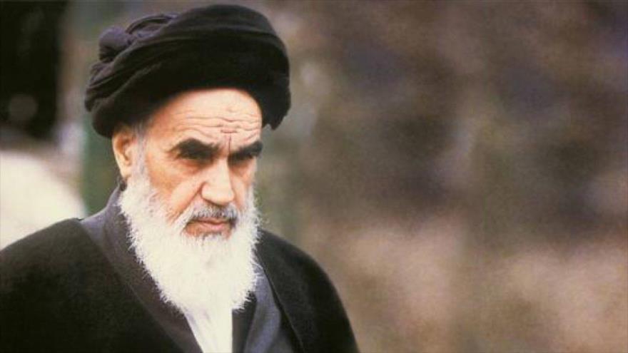 Irán conmemora 31.º aniversario del fallecimiento del Imam Jomeini