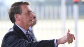"""Bolsonaro sigue a Trump y llama """"terroristas"""" a manifestantes"""