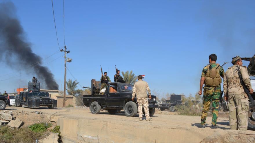 Combatientes iraquíes durante una operación en la provincia oriental de Diyala. (Foto: Reuters)