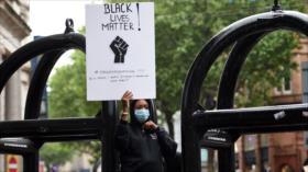 ¿Como está institucionalizada la discriminacion racial en EEUU?