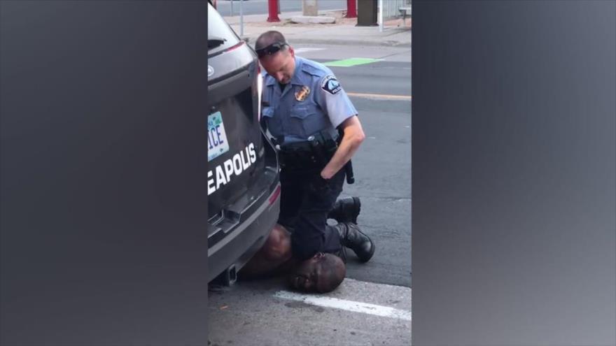 BDS: Israel enseñó a Policía de EEUU táctica de rodilla-en-cuello