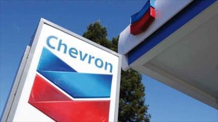 Un petrolero de Chevron sancionado por negocios con Venezuela