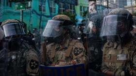 Vídeo: Policía de EEUU reprime las protestas con granadas aturdidoras