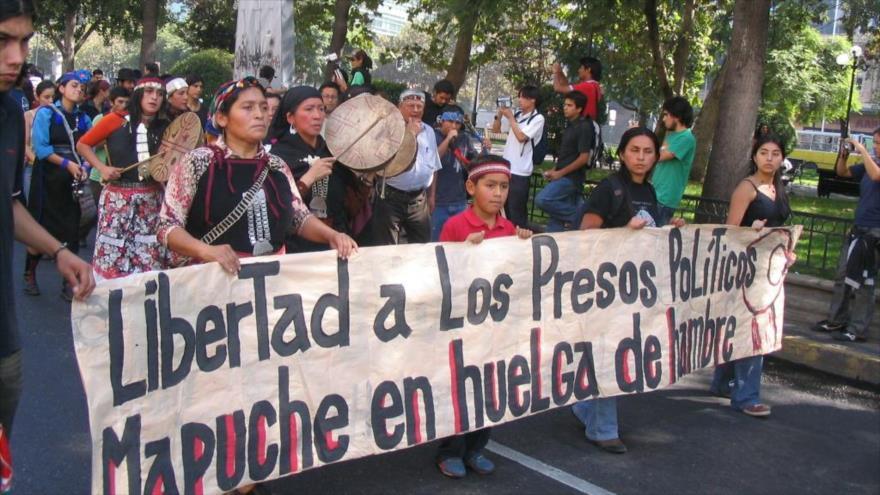 Preso político mapuche, trasladado a hospital tras días de huelga | HISPANTV