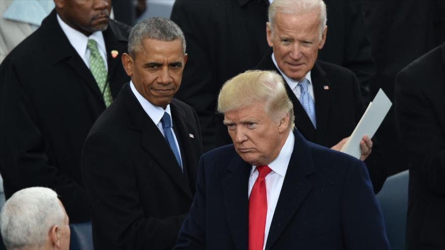 El presidente de EE.UU., Donald Trump (centro), el expresidente Barack Obama y el exvicepresidente Joe Biden, Washington D.C., 20 de enero de 2017. (Foto: AFP)