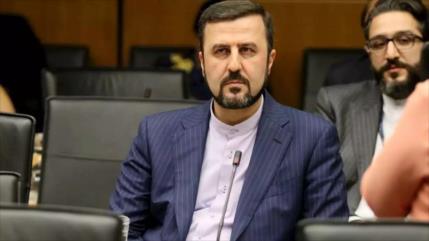 """Irán insta a AIEA a actuar ante """"acciones delictivas"""" de EEUU"""