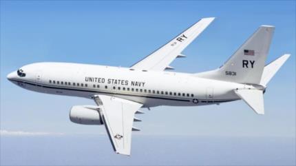 """China deplora vuelo """"ilegal"""" de avión militar de EEUU sobre Taiwán"""