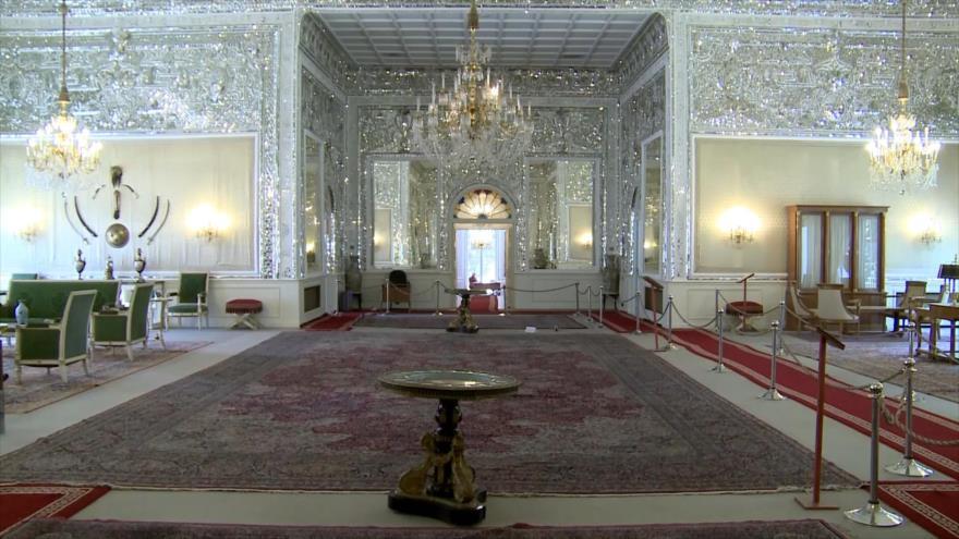Irán: 1- Palacio de Sahebgharaniyeh 2- Ratón transgénico 3- La presentación de la ciudad de Isfahán 4- Piedras Preciosas
